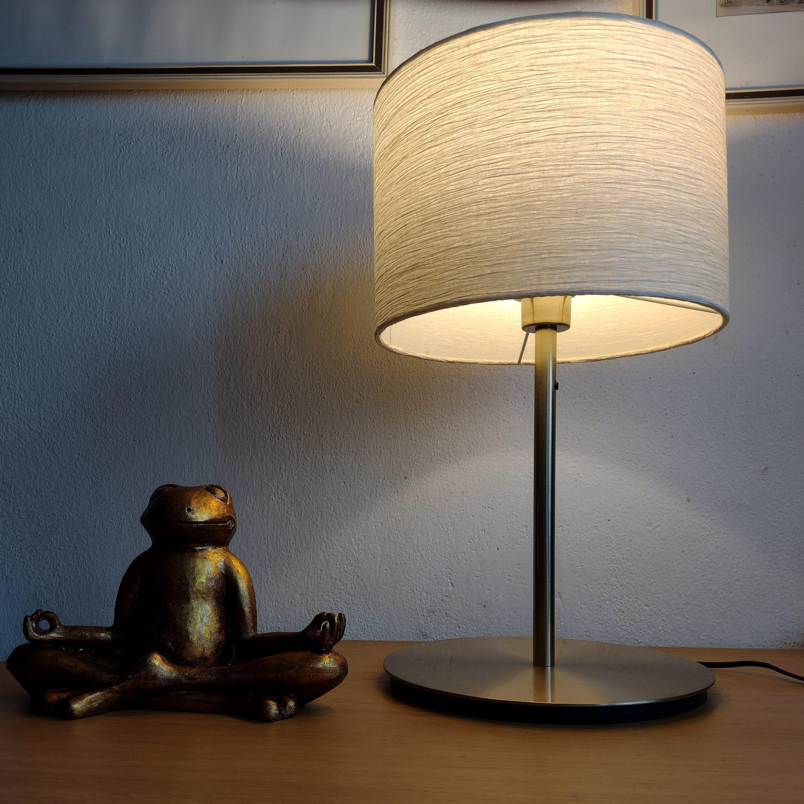 papírový širm na lampu