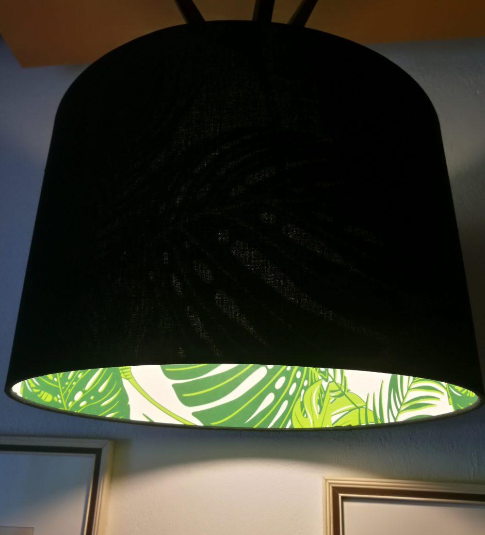 černý lustr