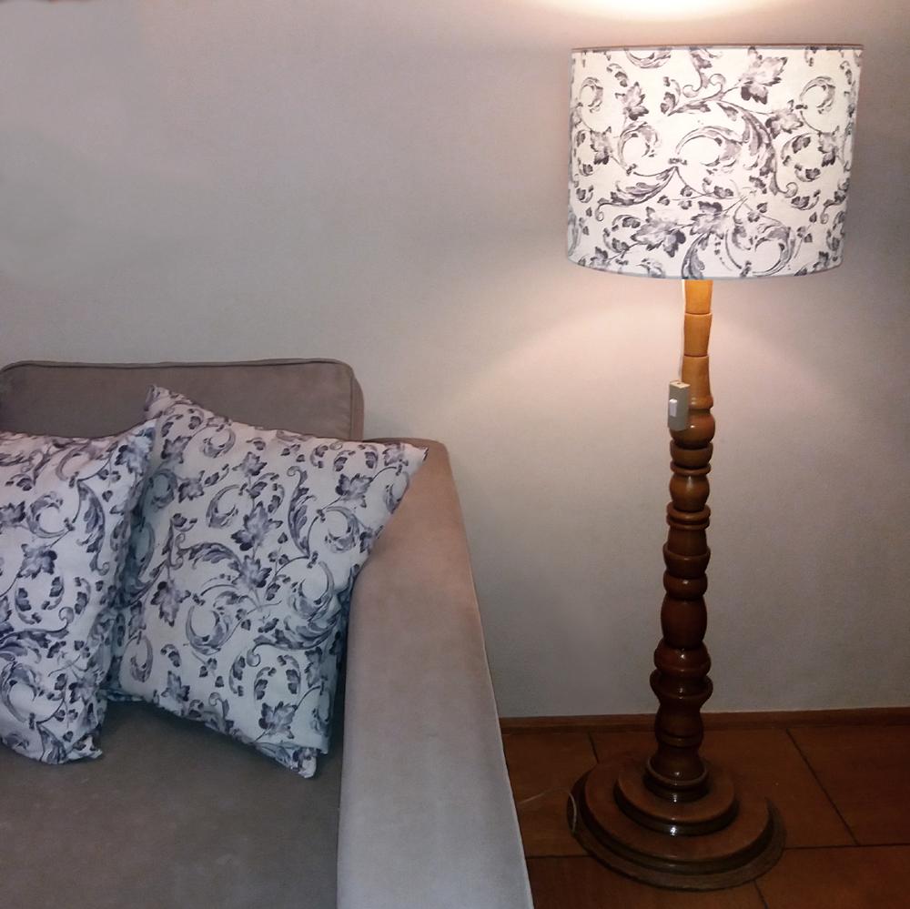dekorační širm na lampu
