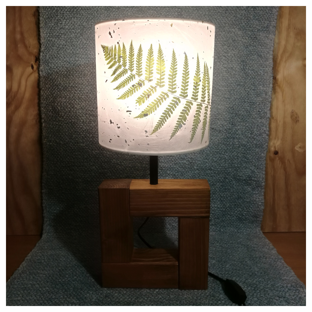 stínítko na stolní lampu